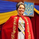 Micaela Kuliba fue presentada como nueva Reina de la Colectividad Ucraniana