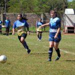 Con muchos goles se inició el fútbol femenino