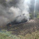 Un vehículo se incendió en la ruta 103 y dejó daños materiales