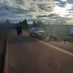Siniestro vial entre un auto y una moto en Campo Ramón dejó una lesionada