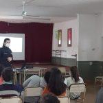 La Policía Comunitaria brindó charlas sobre consumo problemático a alumnos de la Escuela de Comercio N°1