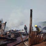 Un incendio consumió un aserradero en su totalidad en Panambí