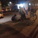 Colisión entre una camioneta y una motocicleta dejó un hombre lesionado